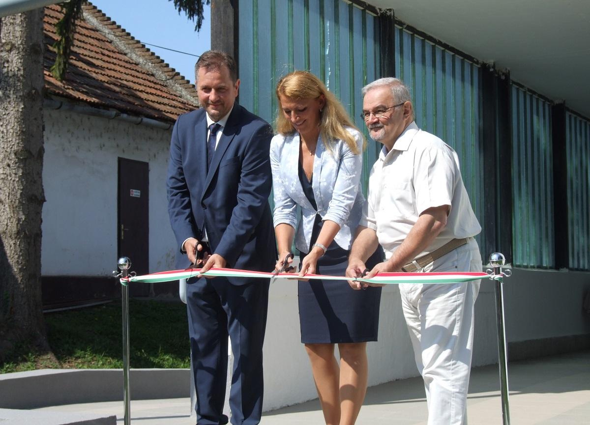 Átadásra került a Békési Gyógyászati Központ felújított épülete