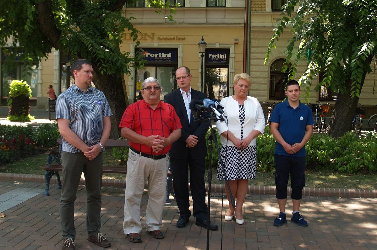 Közös polgármesterjelöltet állít az ellenzéki összefogás Békéscsabán