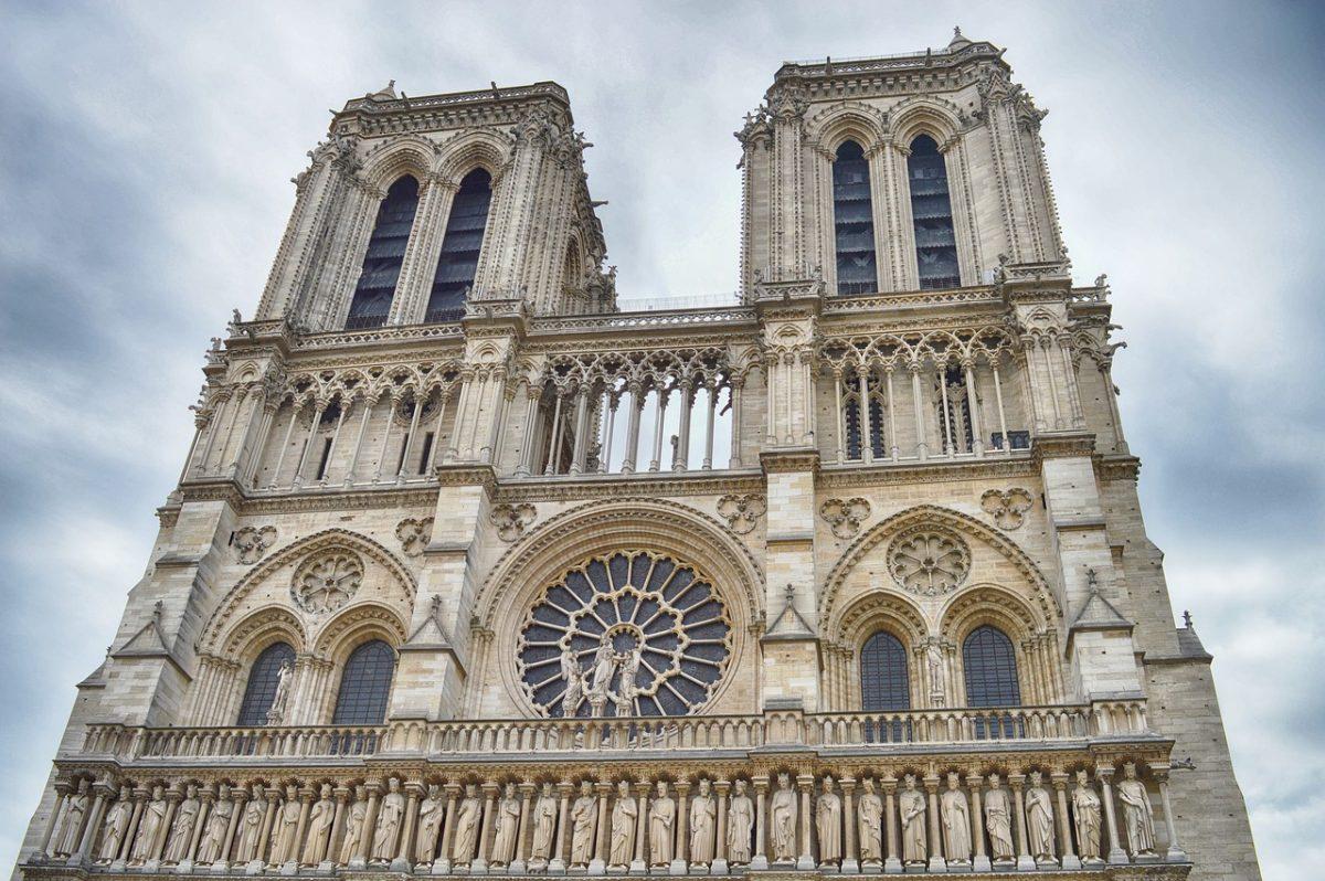 Notre-Dame: A képviselőház elfogadta a helyreállításról szóló törvényt