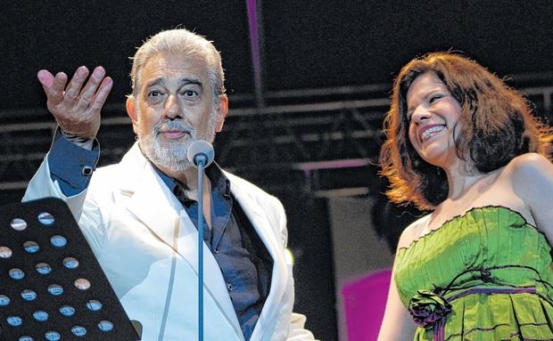 Plácido Domingo koncertjével nyílik meg a Szeged-Csanádi Egyházmegye sportközpontja