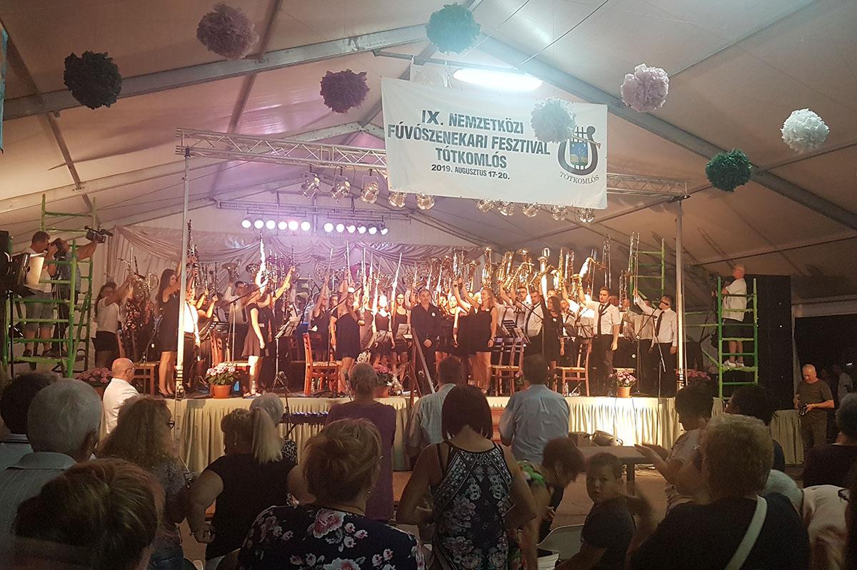 50 éves jubileumát ünnepelte a Tótkomlósi Fúvószenekar