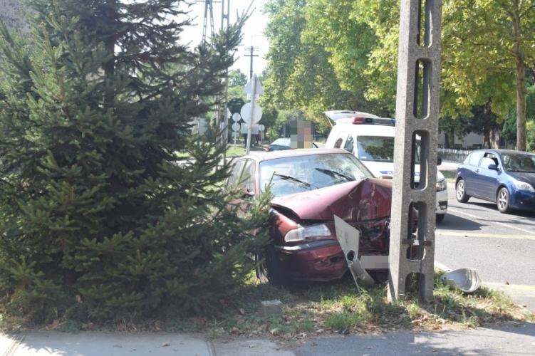 Négy balesetnél helyszíneltek tegnap a megye rendőrei