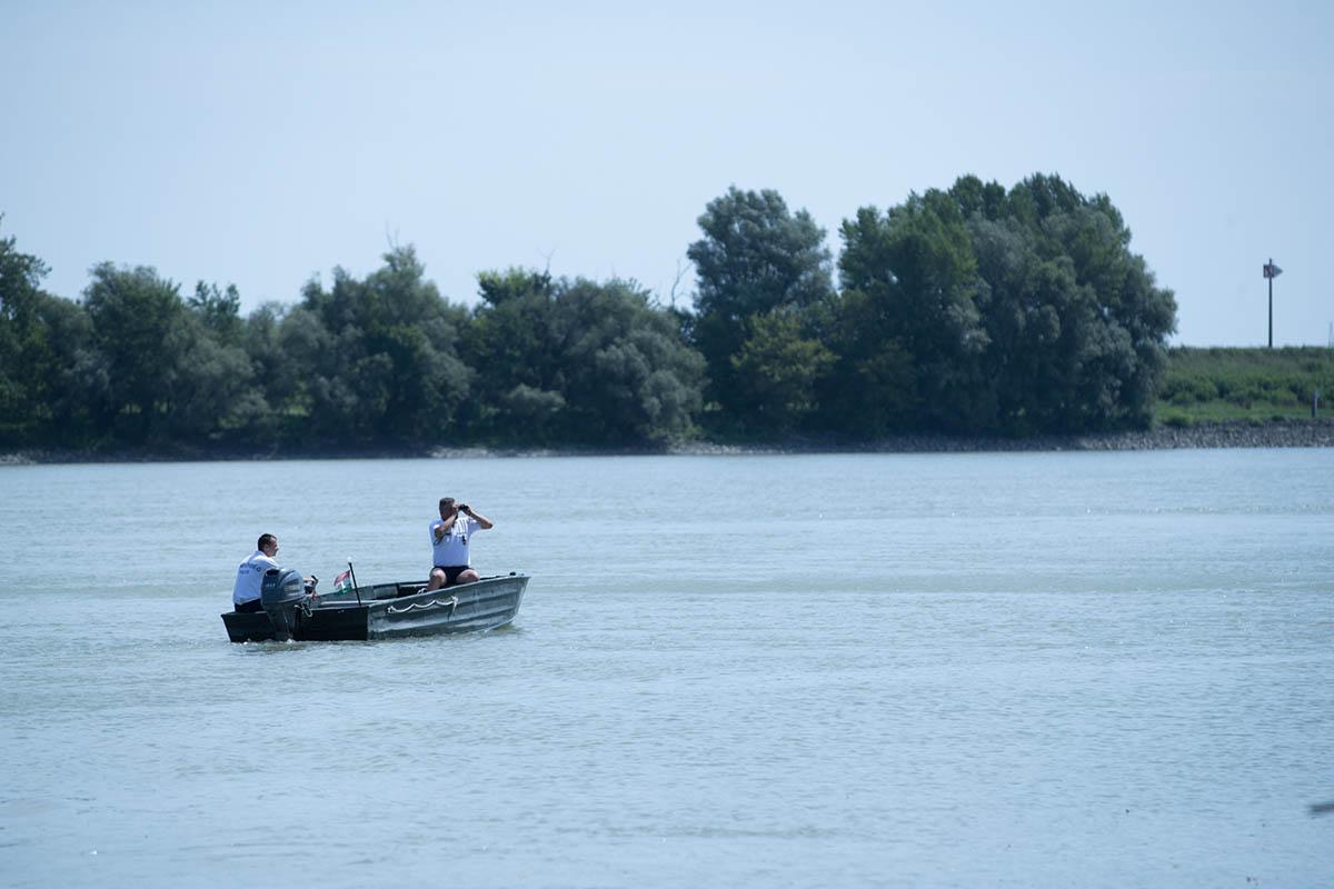 Dunai hajóbaleset – Továbbra is nagy erőkkel kutatnak az eltűnt áldozat után