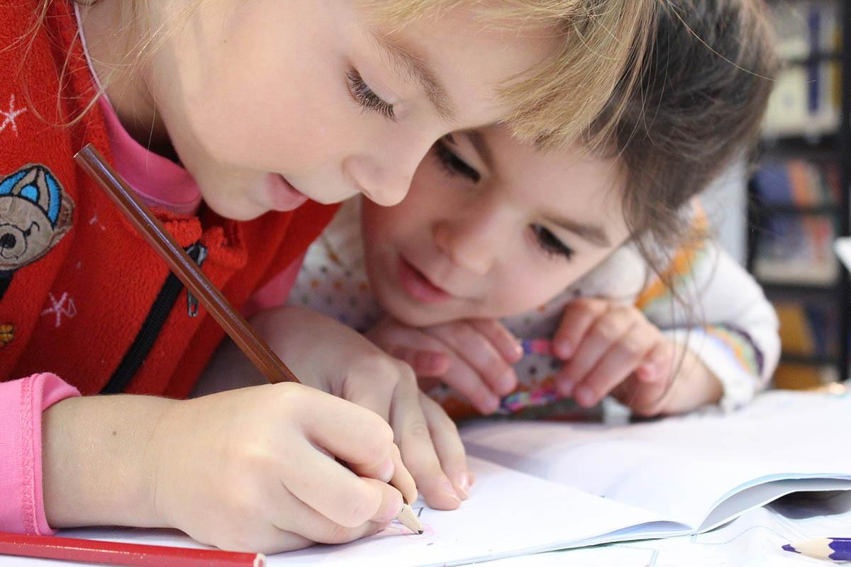 Már be lehet nyújtani az iskolai felmentési kérelmeket az Oktatási Hivatalhoz
