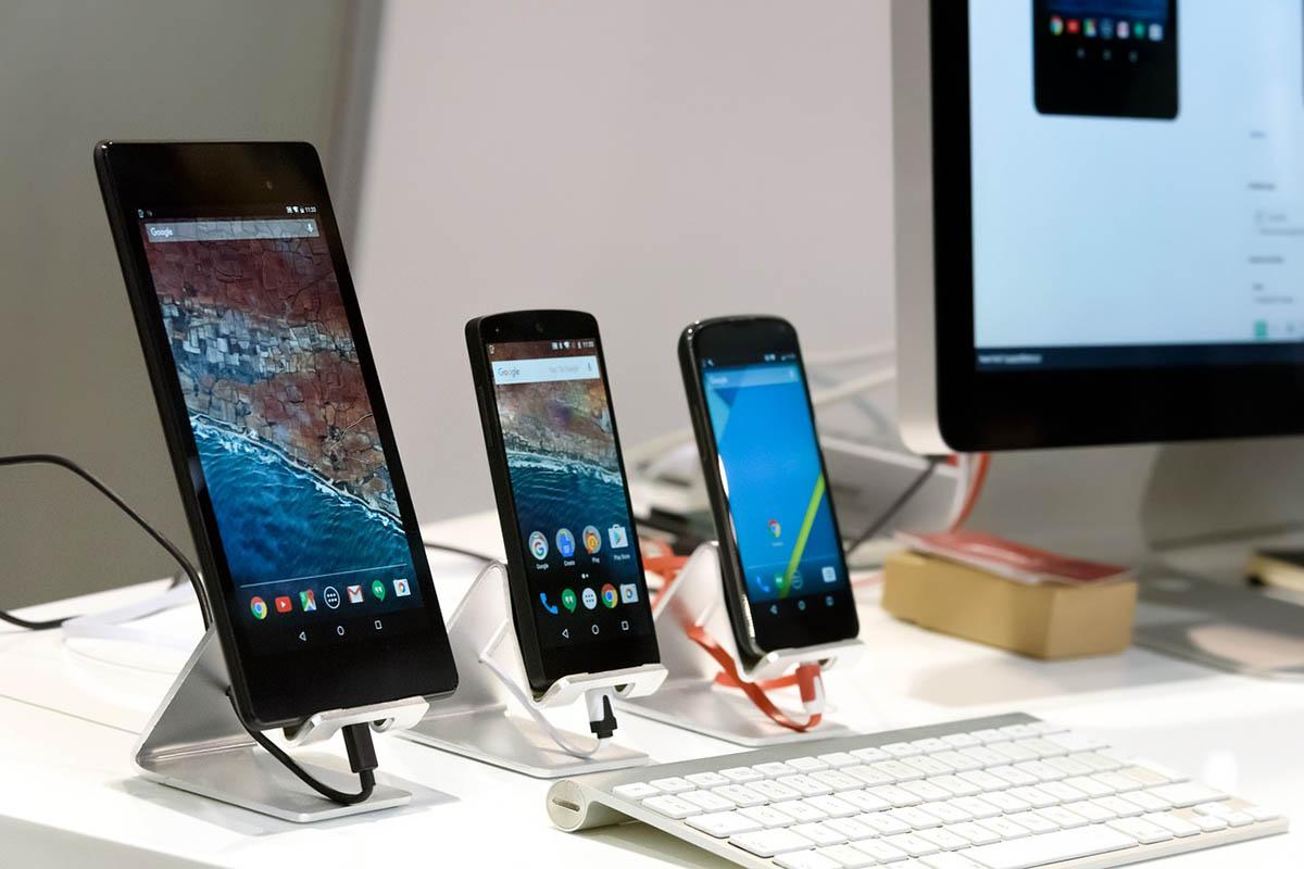 Rekordnövekedés a harmadik negyedévben az európai okostelefon eladásokban