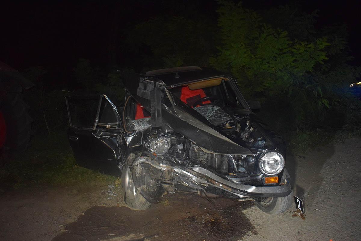 Ittasan ütközött traktornak, ketten megsérültek