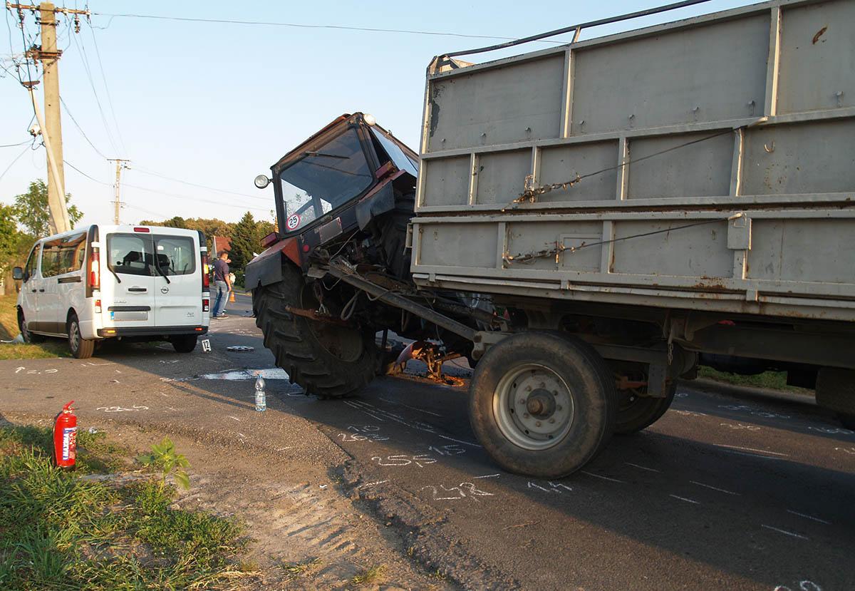 Három balesetnél helyszíneltek tegnap