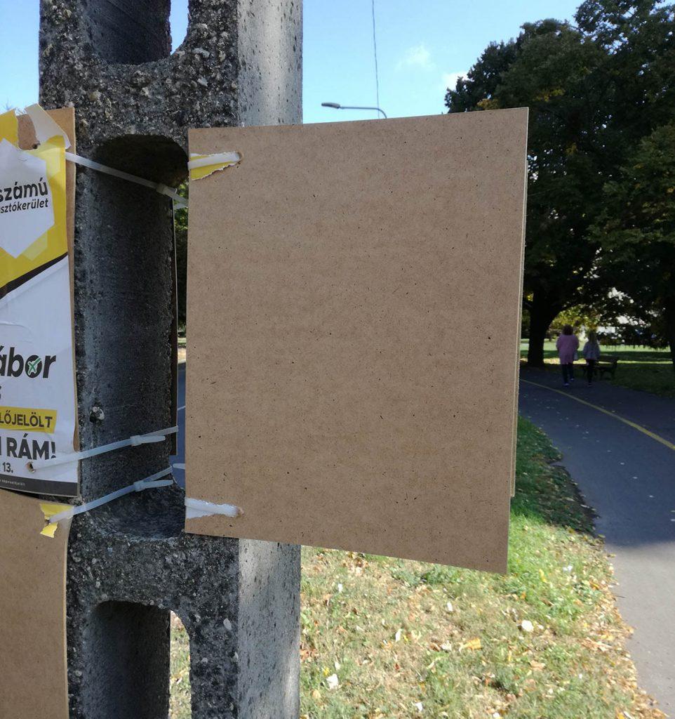 plakátrongálás