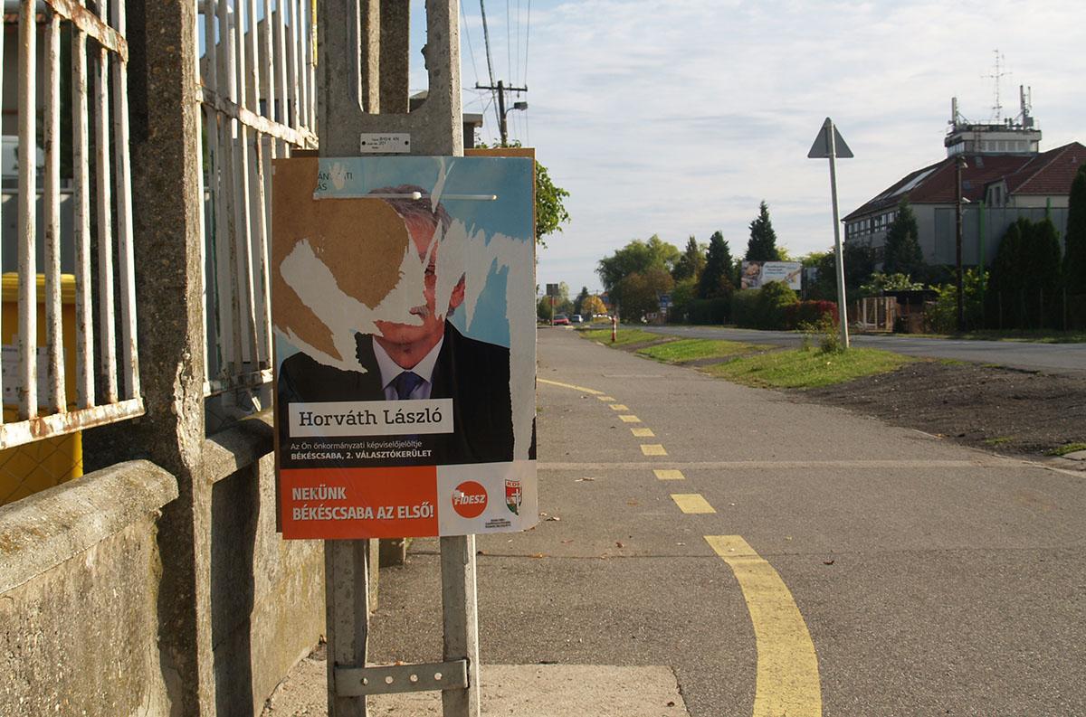 Csúcsra jár a plakátrongálás Békéscsabán