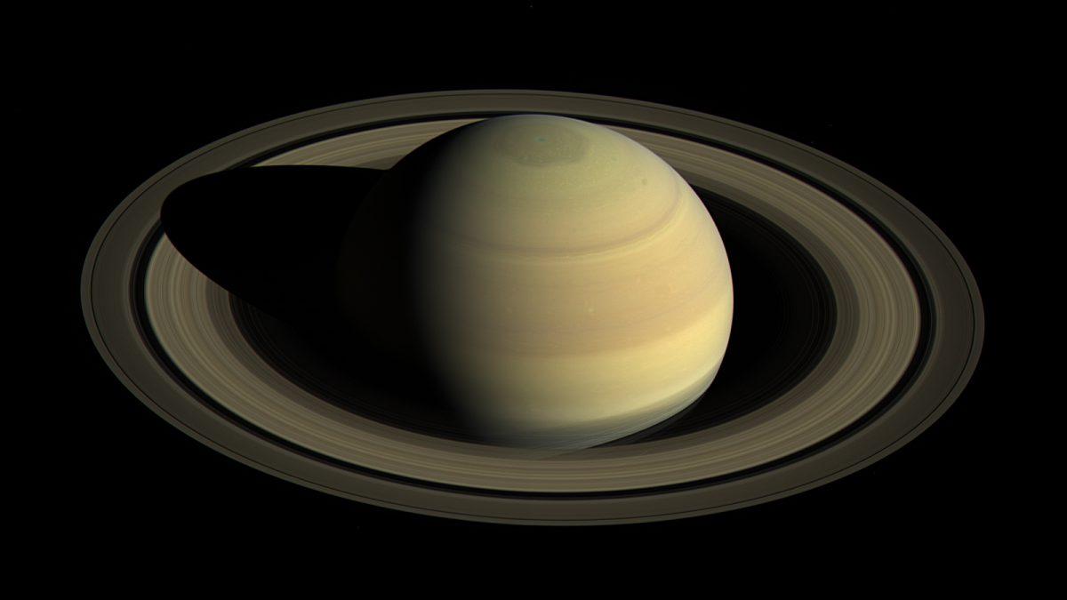 A Szaturnusz eddig ismeretlen 20 holdját fedezték fel