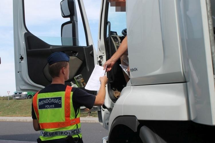 Jövőhéten tehergépkocsikat és buszokat ellenőriz a rendőrség