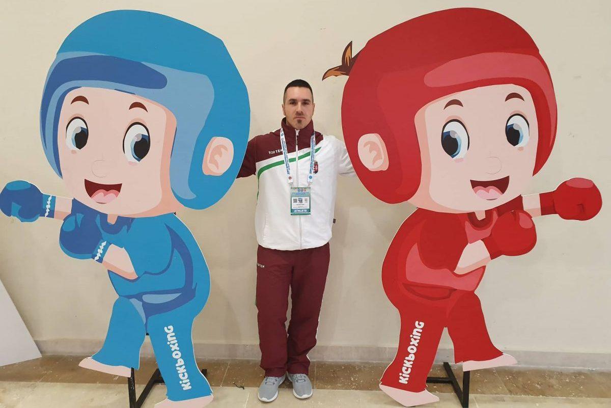 Egy ezüst- és két bronzérem a Kick-box Világbajnokságon