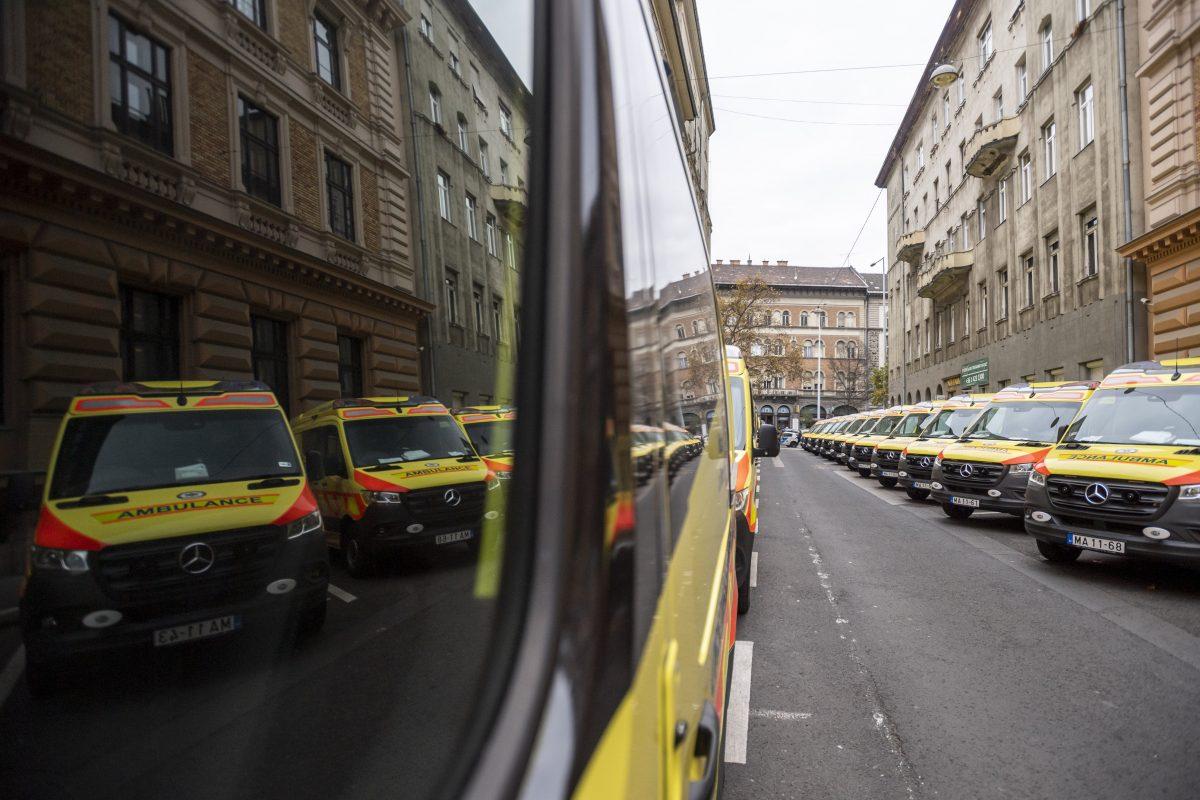 A mentőautók cseréjét, új mentőállomások építését tervezik