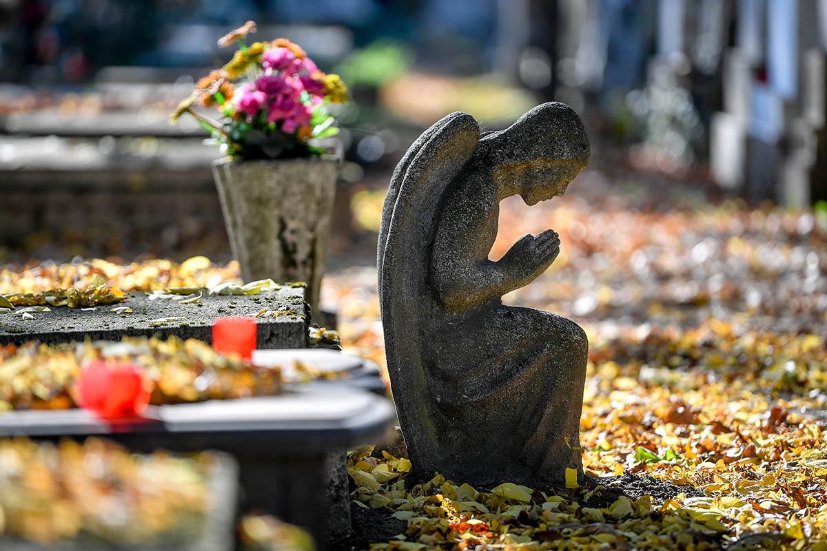 Néprajzkutató: a temetőkultusz az elmúlt évtizedekben erősödött