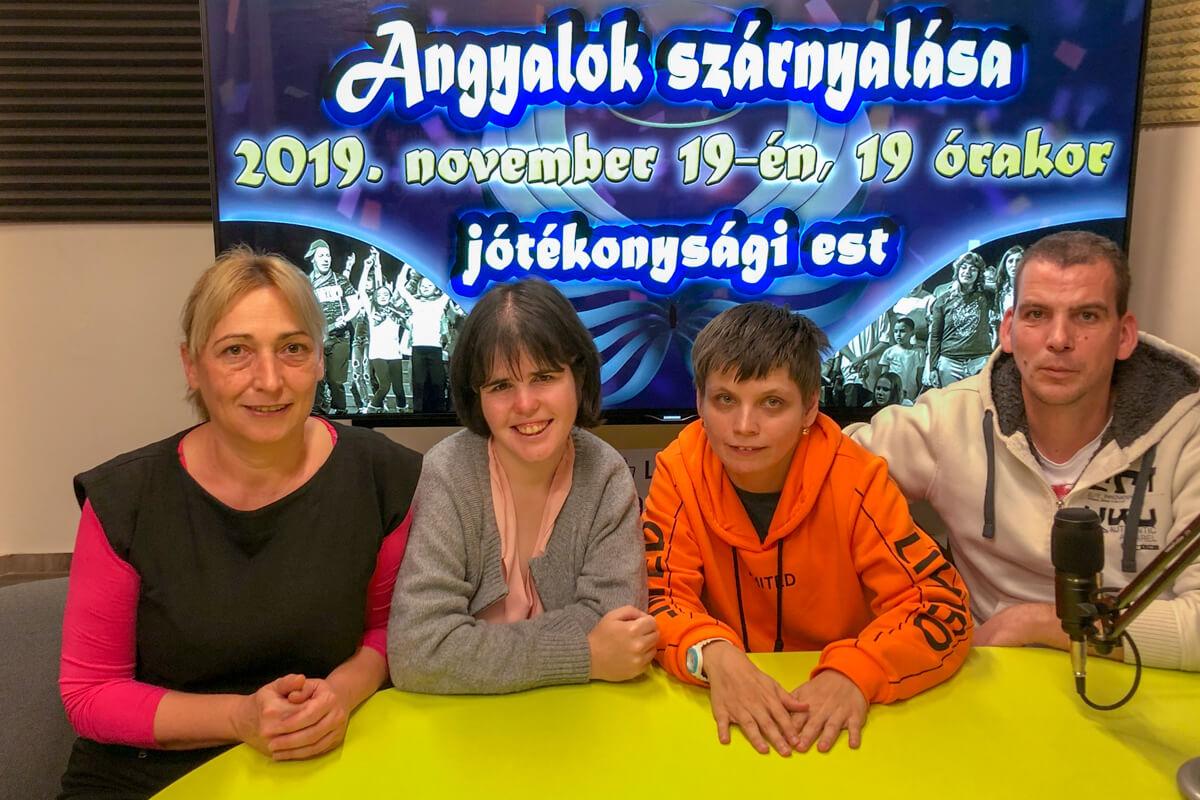 Angyalok szárnyalása: az ünnepi hangolódás első mozzanata Békéscsabán