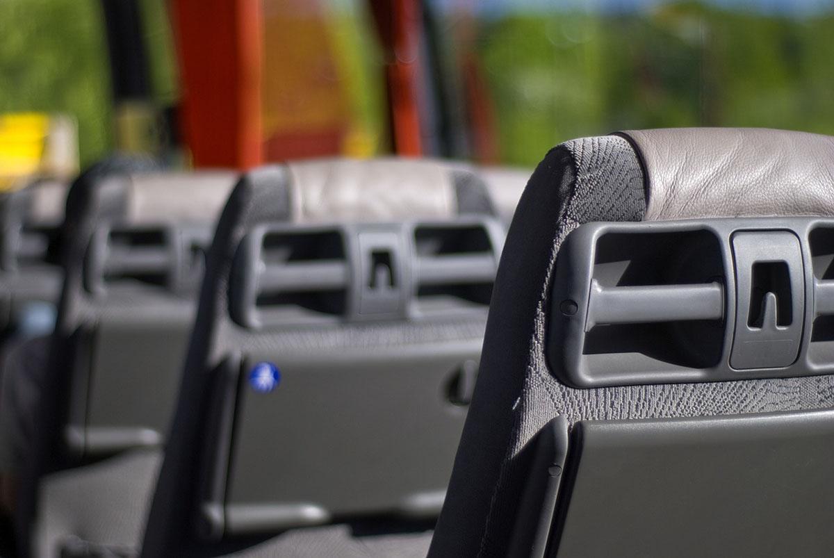 BKK: hétfőtől újra fel lehet szállni a járművekre az első ajtón