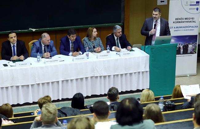 A vidék digitalizálásáról rendeztek nemzetközi konferenciát Szarvason