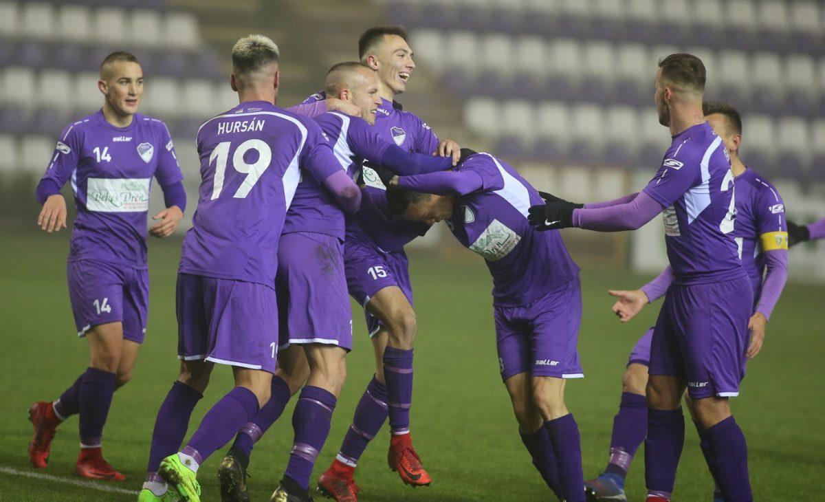2-0-ra legyőzte az Előre a Ferencvárost a Magyar Kupában