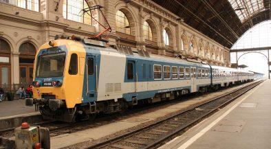 óraátállítás, Budapest, Keleti, vonat, vasút, vasúti