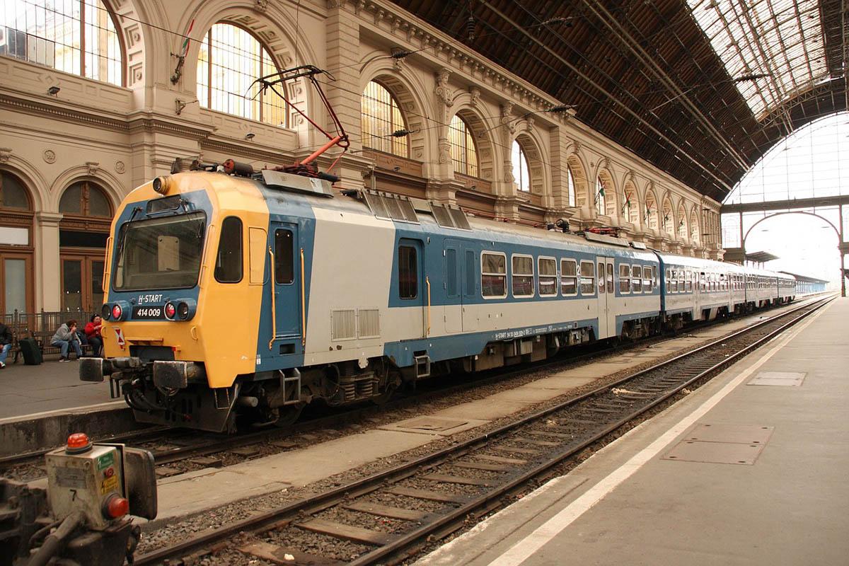 A MÁV-START felülvizsgálja a 12 órás mozdonyvezetői műszakokat