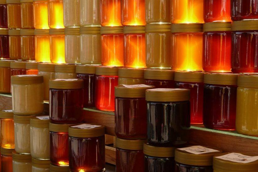 mézet, mézpolitika,, gyulánál