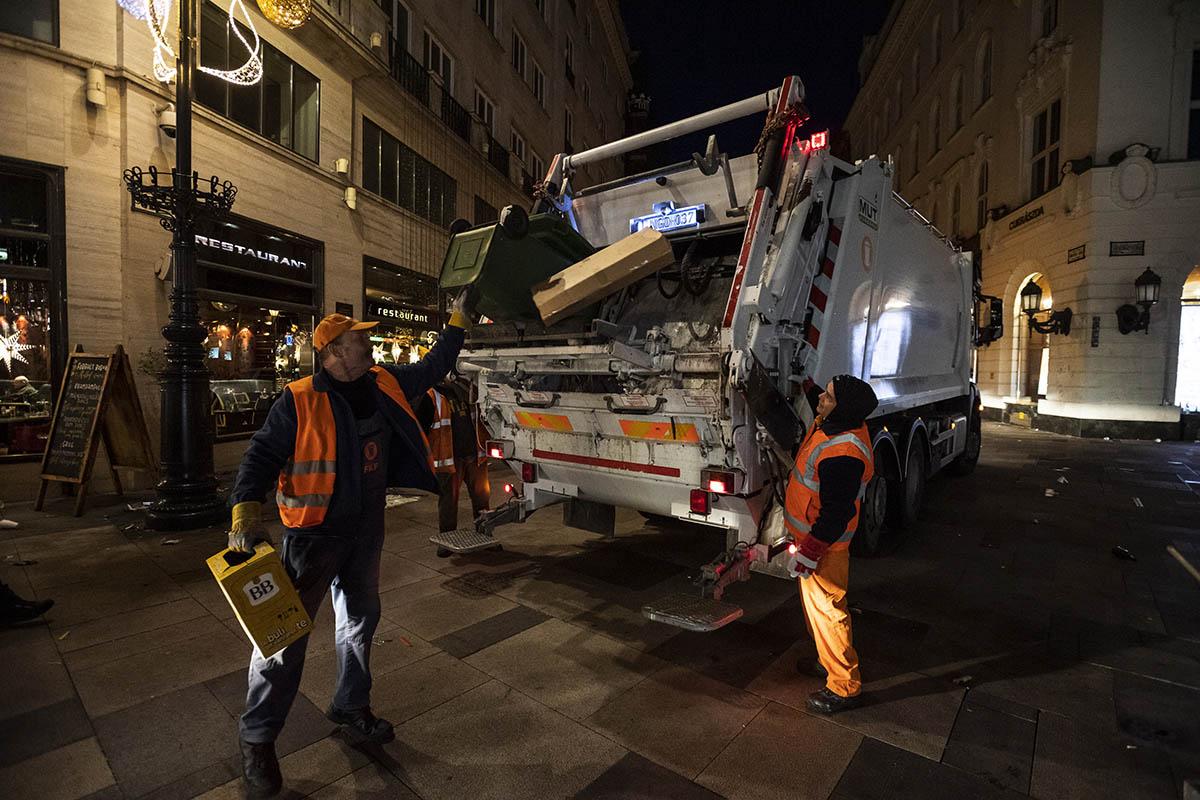 190 köbméter hulladékot takarítottak össze a fővárosban