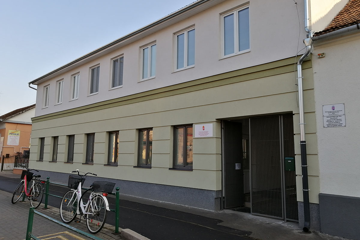 Befejeződött a Bartók Béla út 12. szám alatti épület energetikai korszerűsítése