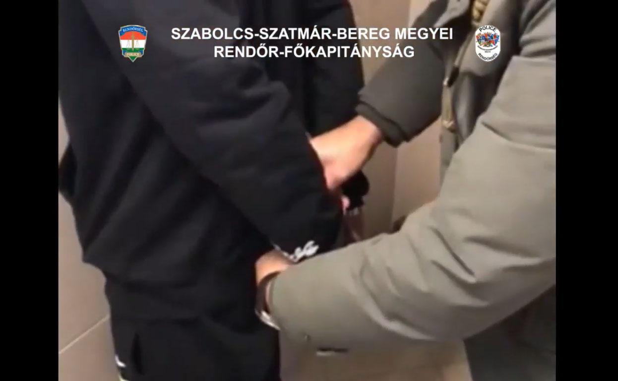 Nyolc körözés volt kiadva a Nyíregyházán elfogott férfi ellen