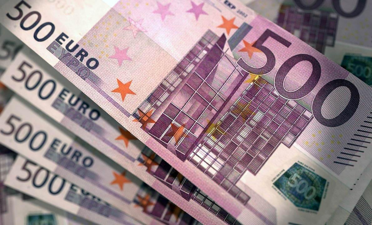 Fénymásolószalonban készített hamis 500 eurósokat egy férfi