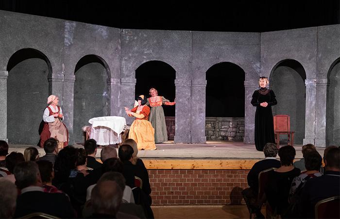 Színházi előadással ünnepelte Békés a Magyar Kultúra Napját