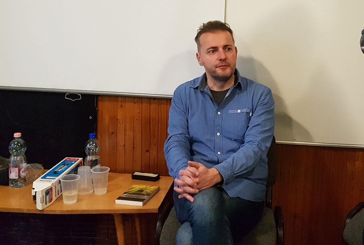 Dévényi István: A mai sajtó már nem a mindenkori hatalom ellenőrzéséről szól