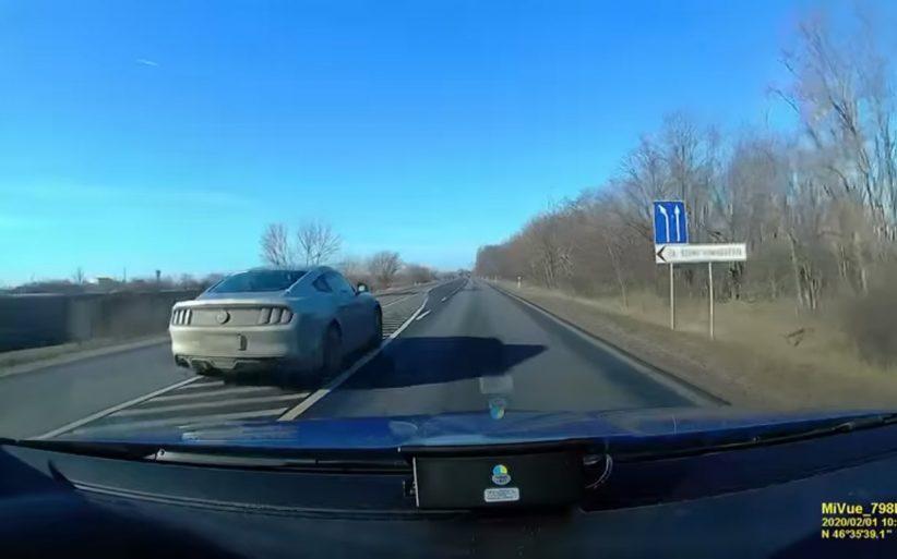 ford, gyorshajtás