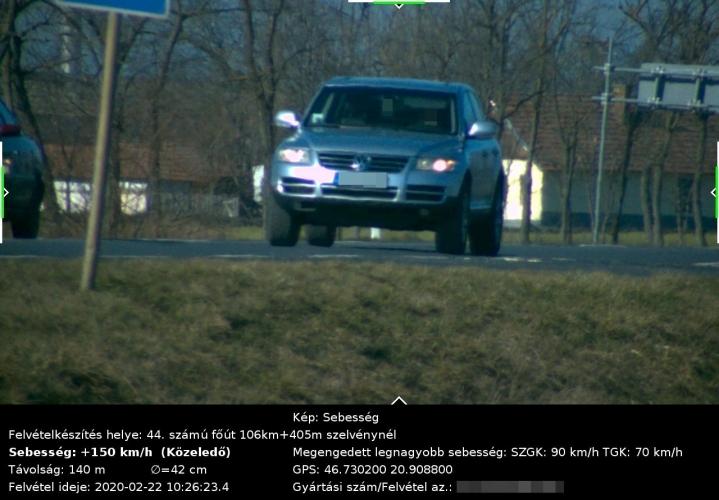 A megengedett sebesség duplájával hajtott egy autós Békéscsabán