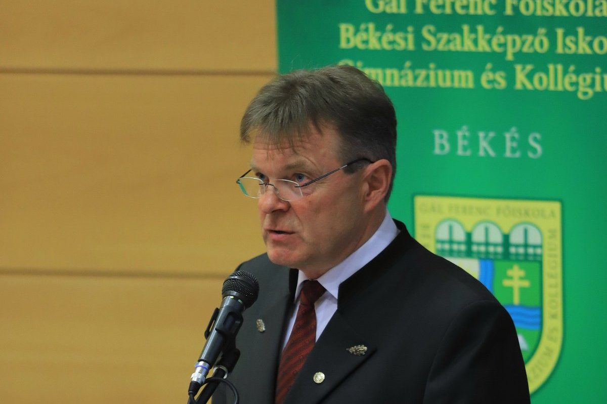 Hrabovszki János: 40 százalékos bevételkiesés is várható