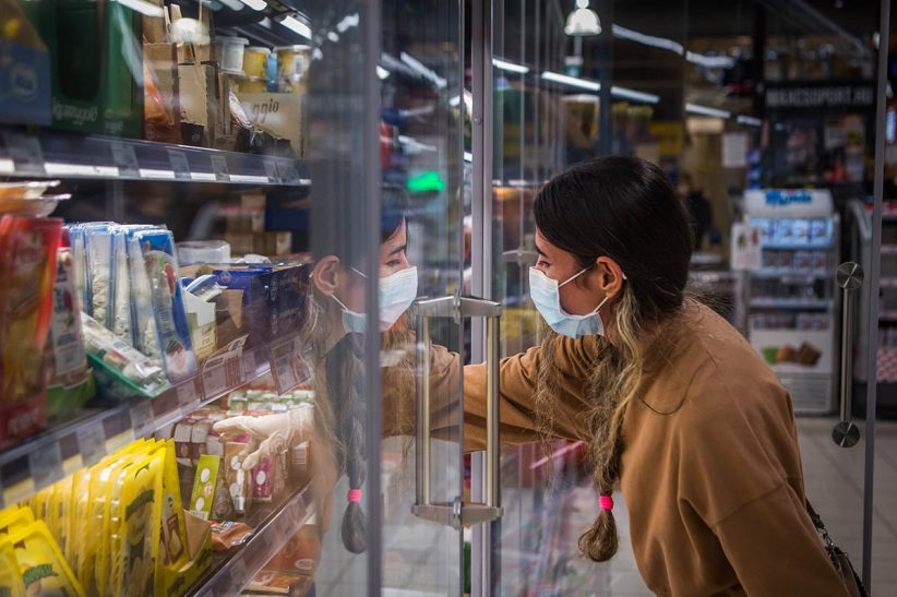 Olaszország, vuhanban, Ukrajnában, bolt, koronavírus, maszk