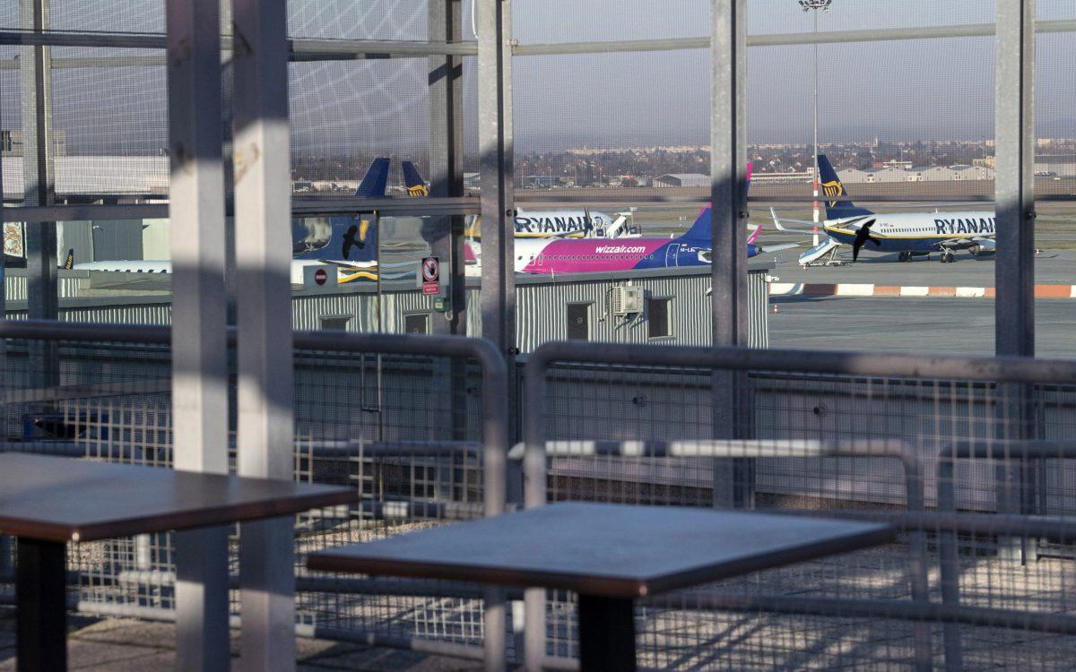 Nem zár be a ferihegyi repülőtér
