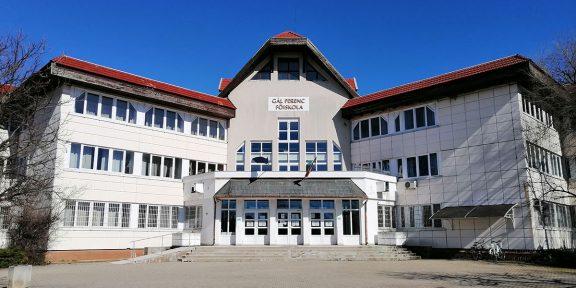Gál Ferenc Főiskola, Békéscsaba, oktatási szünet