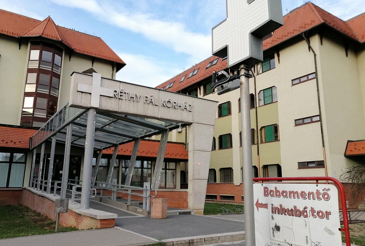 Látogatási tilalom lép életbe a Békés Megyei Központi Kórház tagintézményeiben