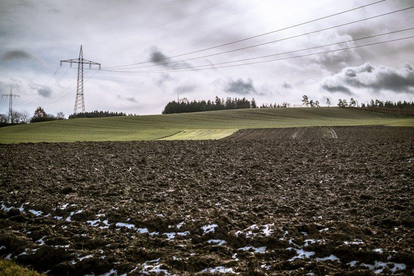 tél, szántóföld