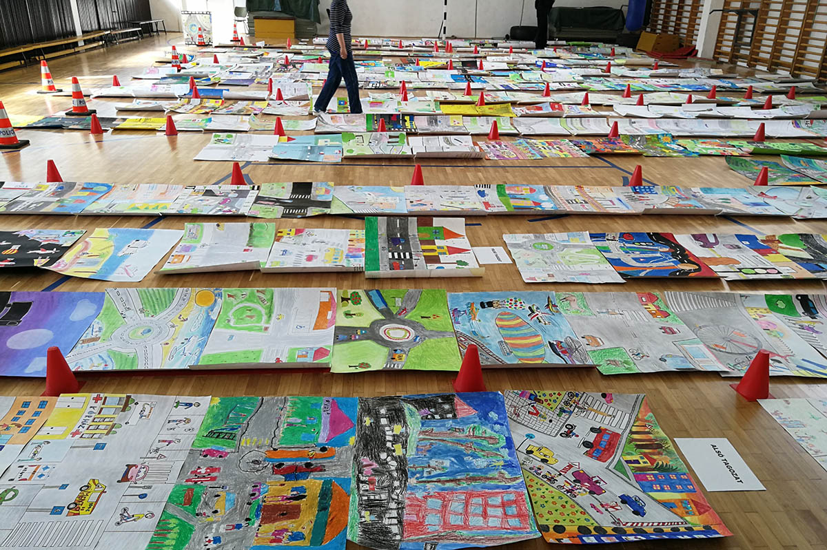 Értékelte a zsűri a megyei rajzpályázatra beküldött alkotásokat