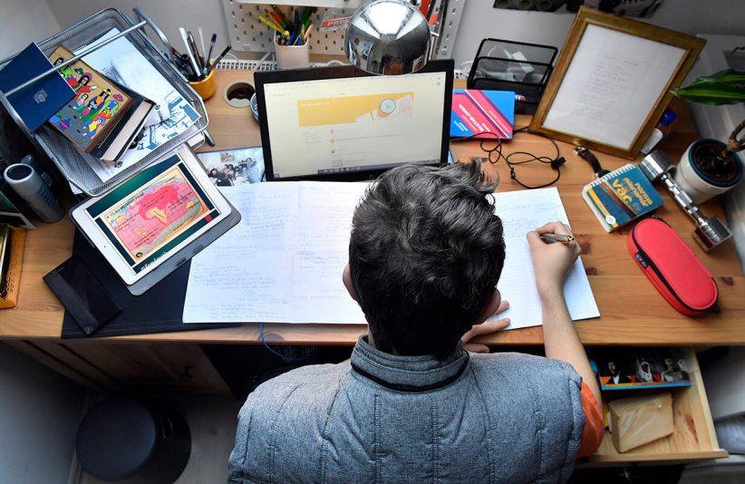 online oktatás, digitális tanrend