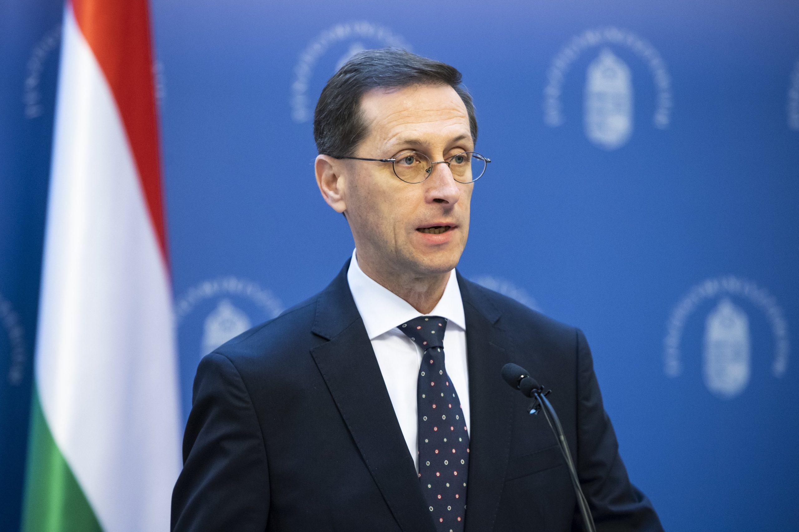 Varga: a járvány elleni védekezés és a gazdaságvédelem kap elsőbbséget 2021-ben