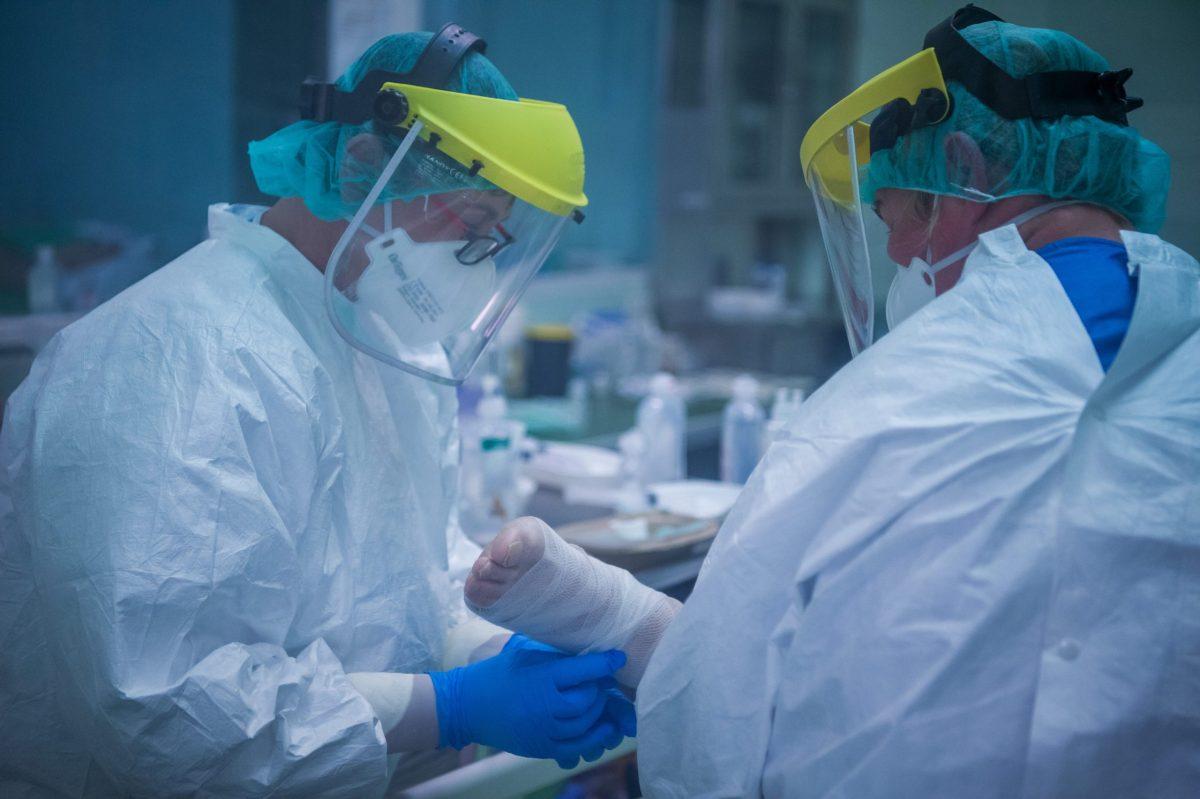 Romániában egy hét után először haladta meg a kétszázat az újonnan igazolt fertőzések száma