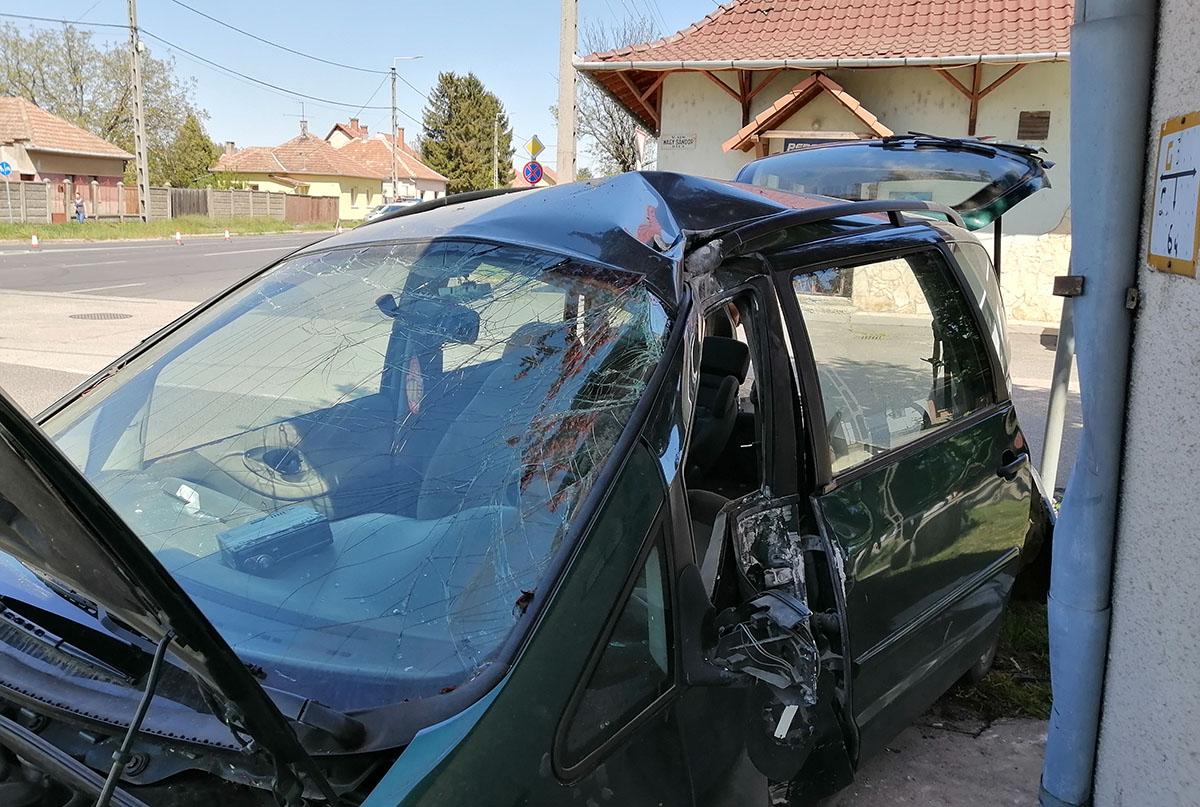 Baleset és garázdaság miatt intézkedtek a megye rendőrei