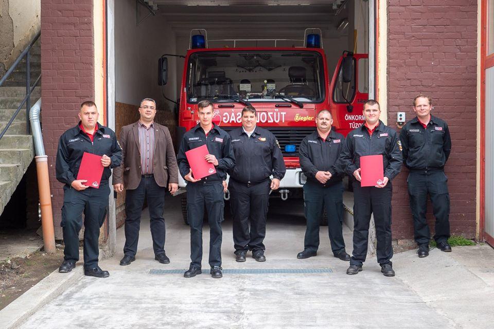 kitüntetés Békési tűzoltó