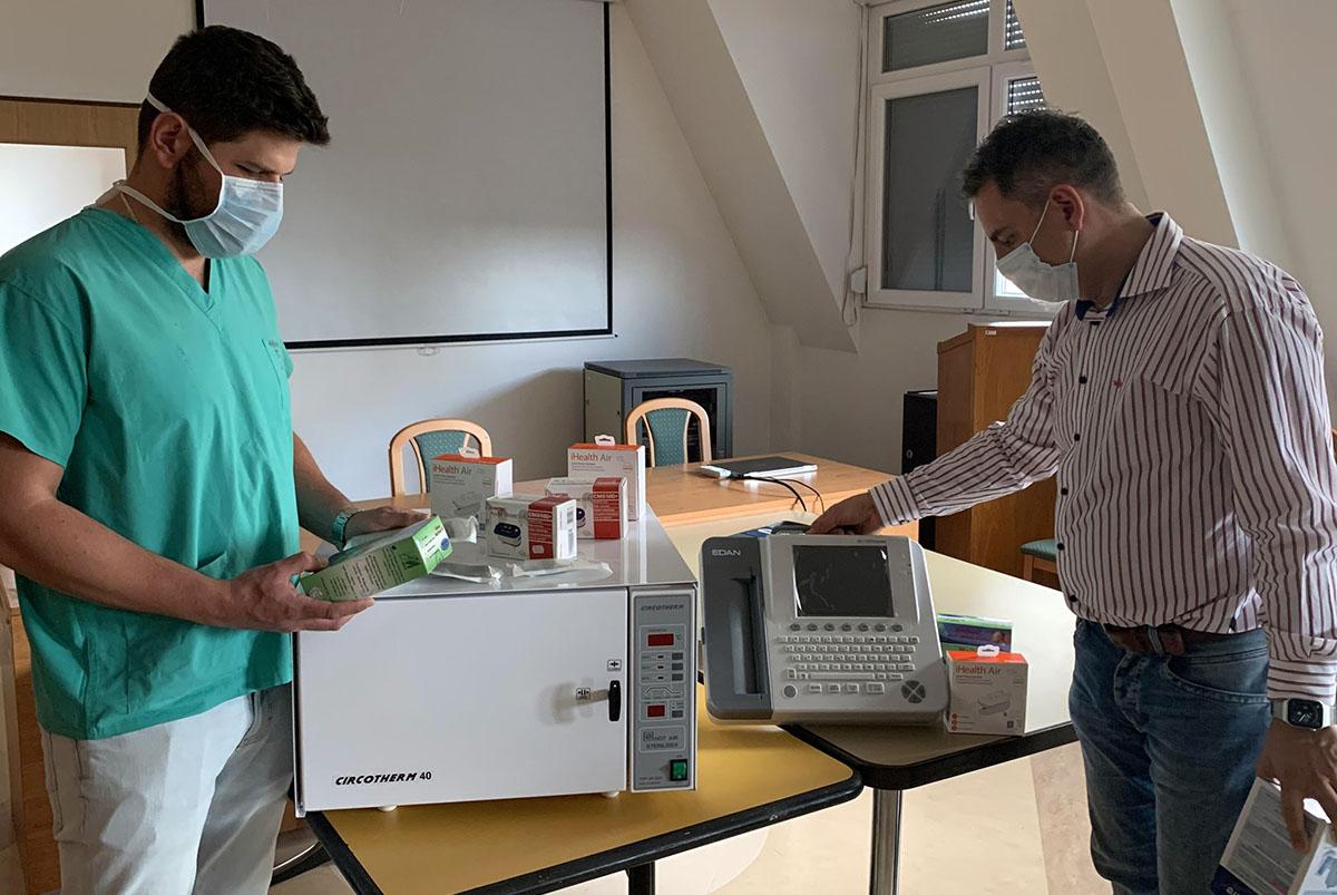 Kétmillió forintot ajánlott fel egy vállalkozó az Orosházi Kórháznak