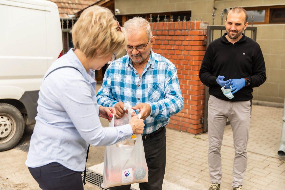 Ismét a rászorulókat segítették Békésen