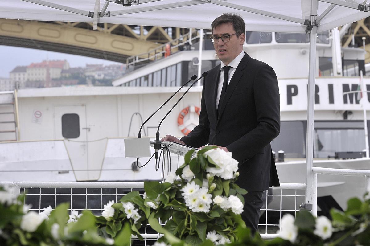 Dunai hajóbaleset – Emlékművet állítanak az áldozatoknak