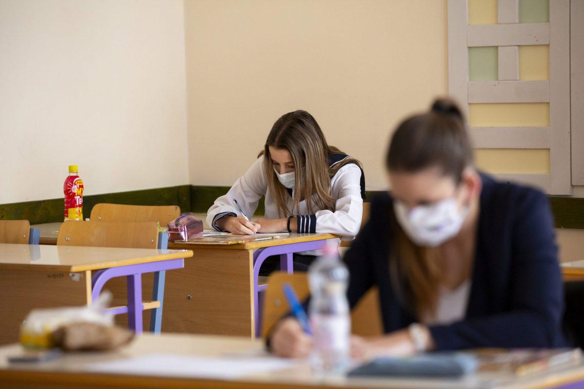 Az angol írásbelikkel megkezdődnek az idegen nyelvi vizsgák