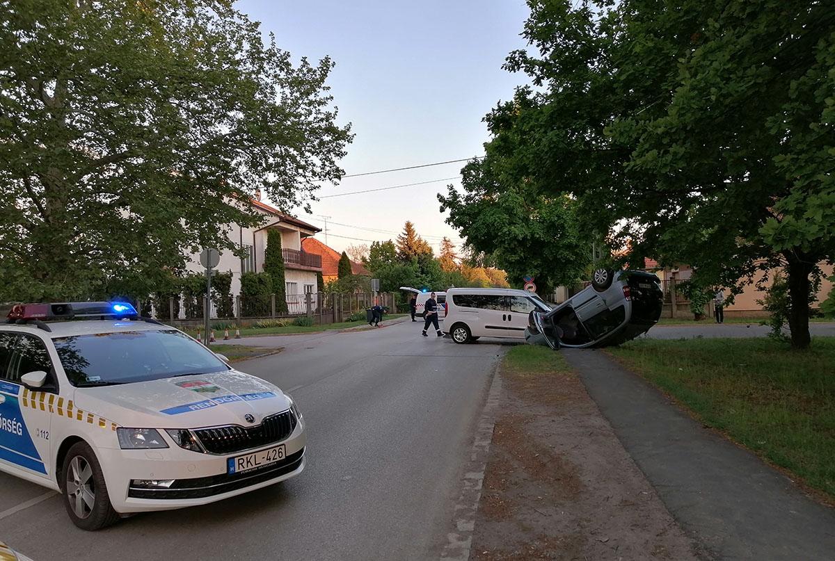 Baleset, ittas vezetés és garázdaság miatt intézkedtek a rendőrök